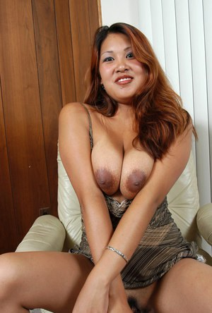 Busty Asian Mom Tits - Busty Asian Moms - Pretty Transexual